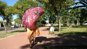 calor en corrientes plaza