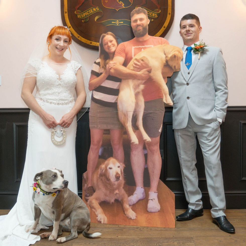 2_PAY-CATERS_CARDBOARD_CUT_OUT_WEDDING_004_3392267.jpg