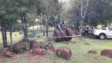 tractor-vuelco-fatal-el-soberbio-813x458.jpeg