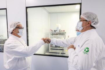 AF en laboratorio.jpg