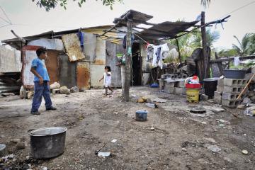 pobreza-1600x800.jpg