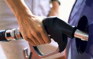 Combustibles: para abril estiman que la suba de precios será de al menos 3%
