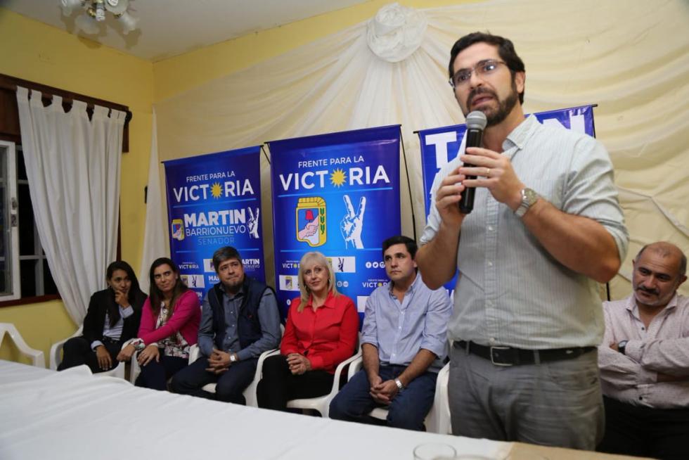 martin barrionuevo en campaña.jpg