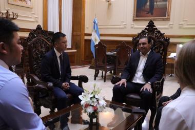 Gobernador de Corrientes china