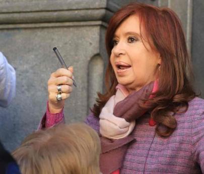 Falta de mérito para Cristina Kirchner en causa por subidios al gasoil