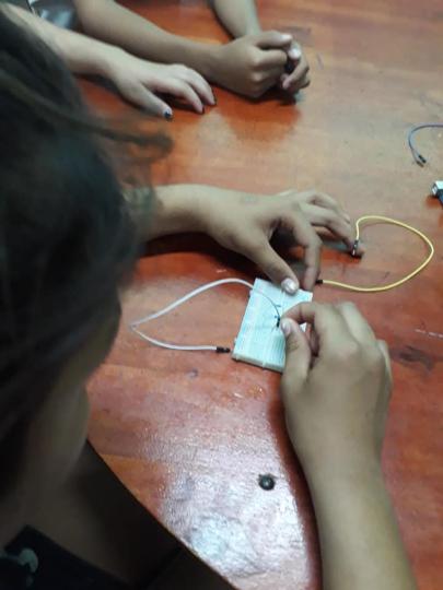 robotica escuela 1.jpg