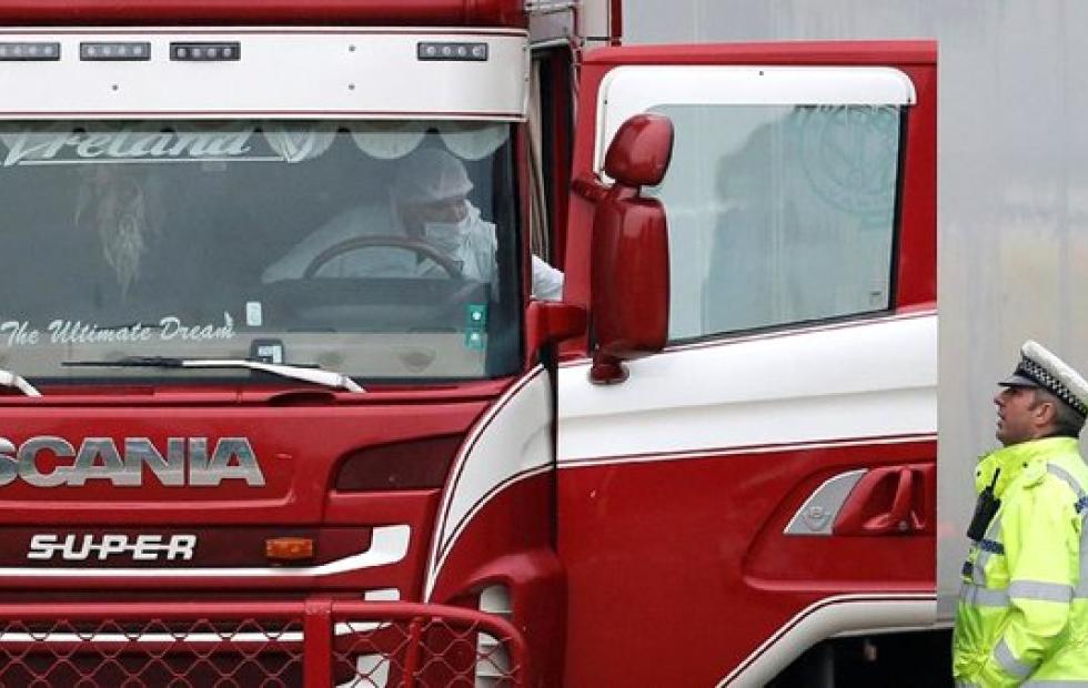 Macabros detalles sobre la trágica muerte de 39 ciudadanos chinos en un camión