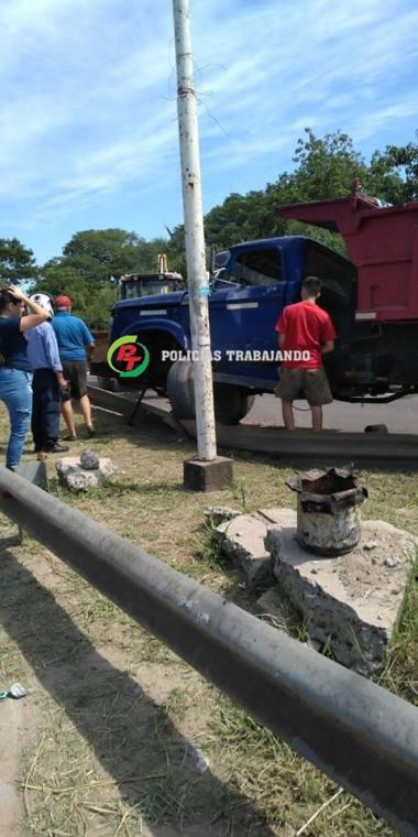 camion puente pirayui.jpg
