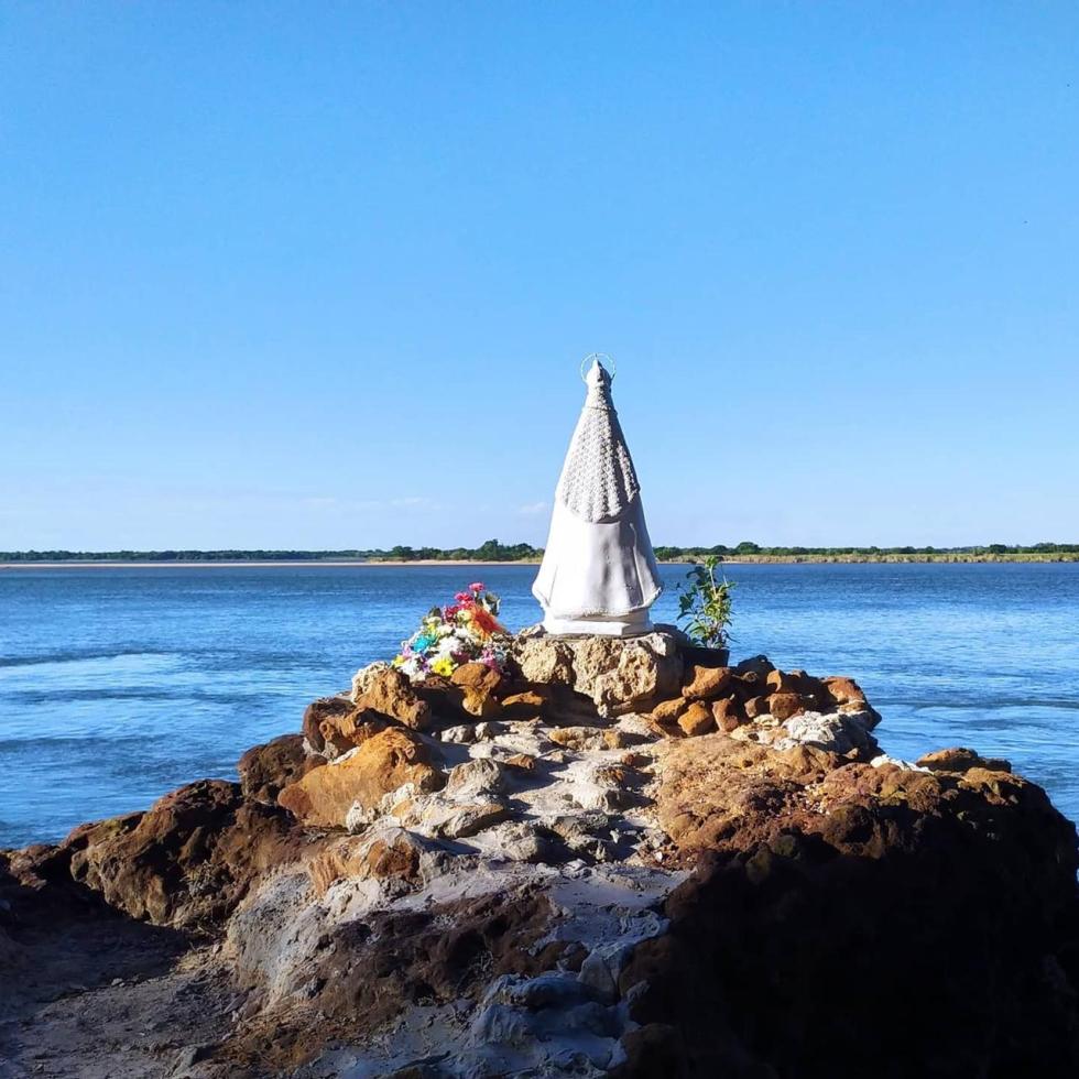 Fotos y videos: La Virgen de Itati fue entronizada en el río Paraná