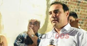 Ricardo Colombi junto al gobernador Gustavo Valdés.