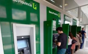 Por Semana Santa refuerzan la distribución de billetes para garantizar la recarga de cajeros