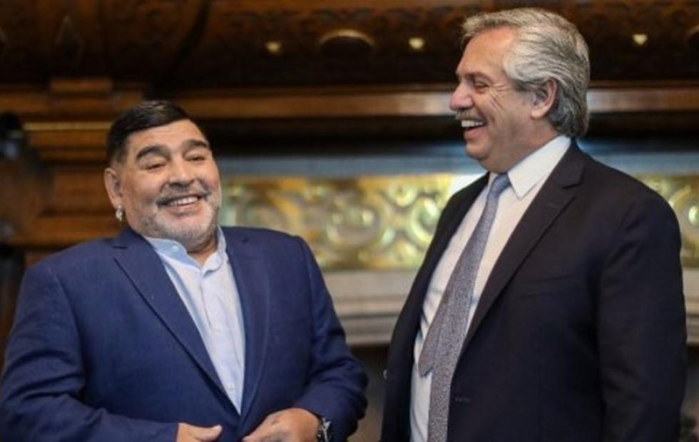 """Fuerte respaldo de Maradona a Alberto y Cristina: """"Con la Jefa y el Jefe no se jode"""""""