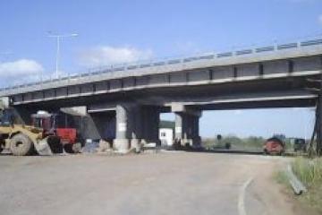 puente autovía.jpg