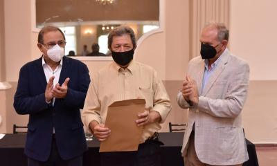 Tassano y Lanari reconocieron a agentes que se jubilaron en la Municipalidad de Corrientes