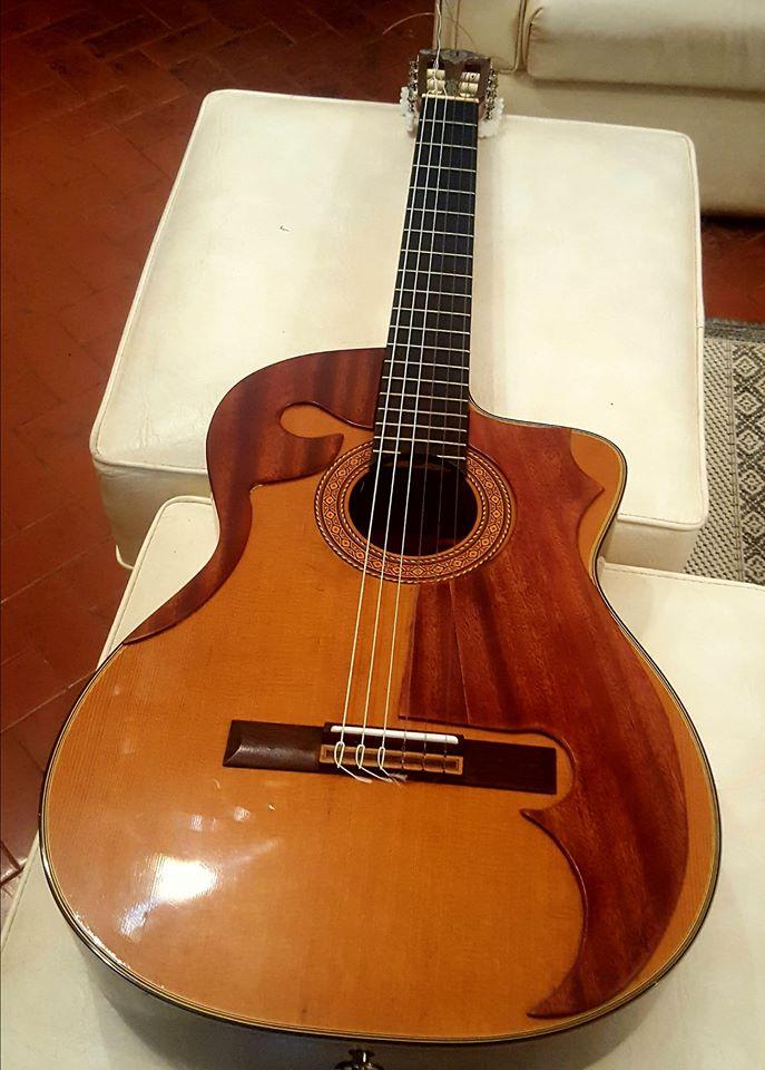 guitarra de suligoy.jpg