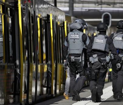 """Holanda: un hombre abre fuego en un tranvía, deja """"múltiples heridos"""" y al menos un muerto"""