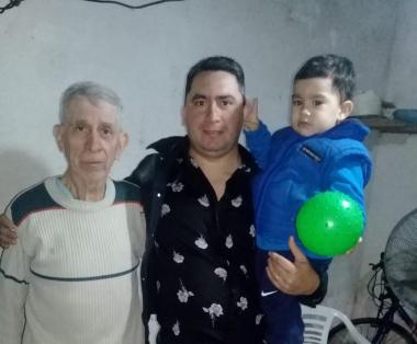 rodrigo y su padre.jpg copy
