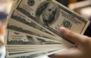 El dólar subió a $ 46,42, en mercado calmo y pendiente a novedades electorales