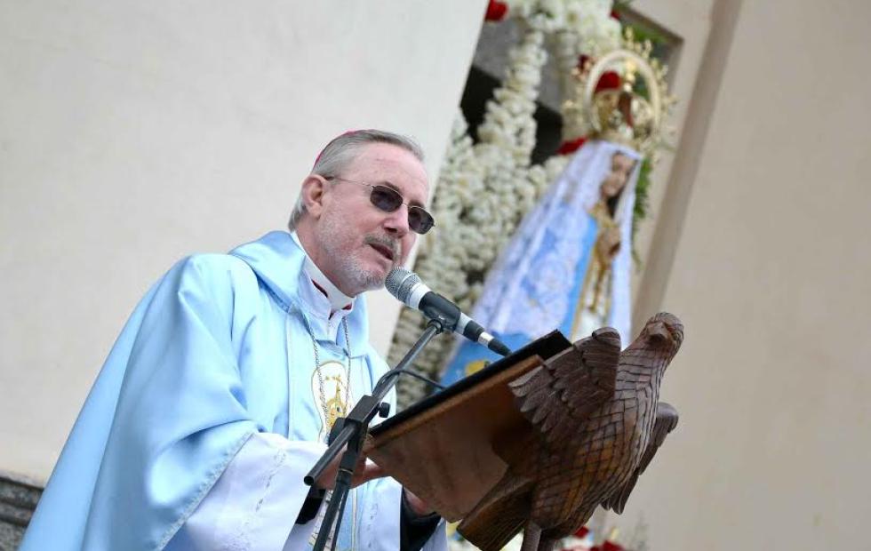 """La salud de Stanovnik: La Conferencia Episcopal Argentina habló de """"un momento crítico"""""""