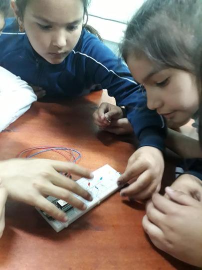 robotica escuela 2.jpg