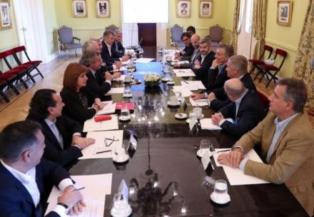 reunion de gabinete.jpg
