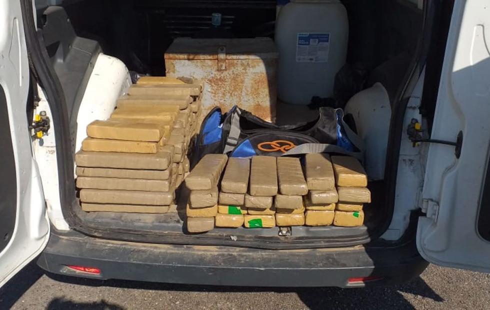 """""""Marihuana helada"""": Detuvieron en Santiago del Estero a un correntino con droga oculta en conservadoras"""