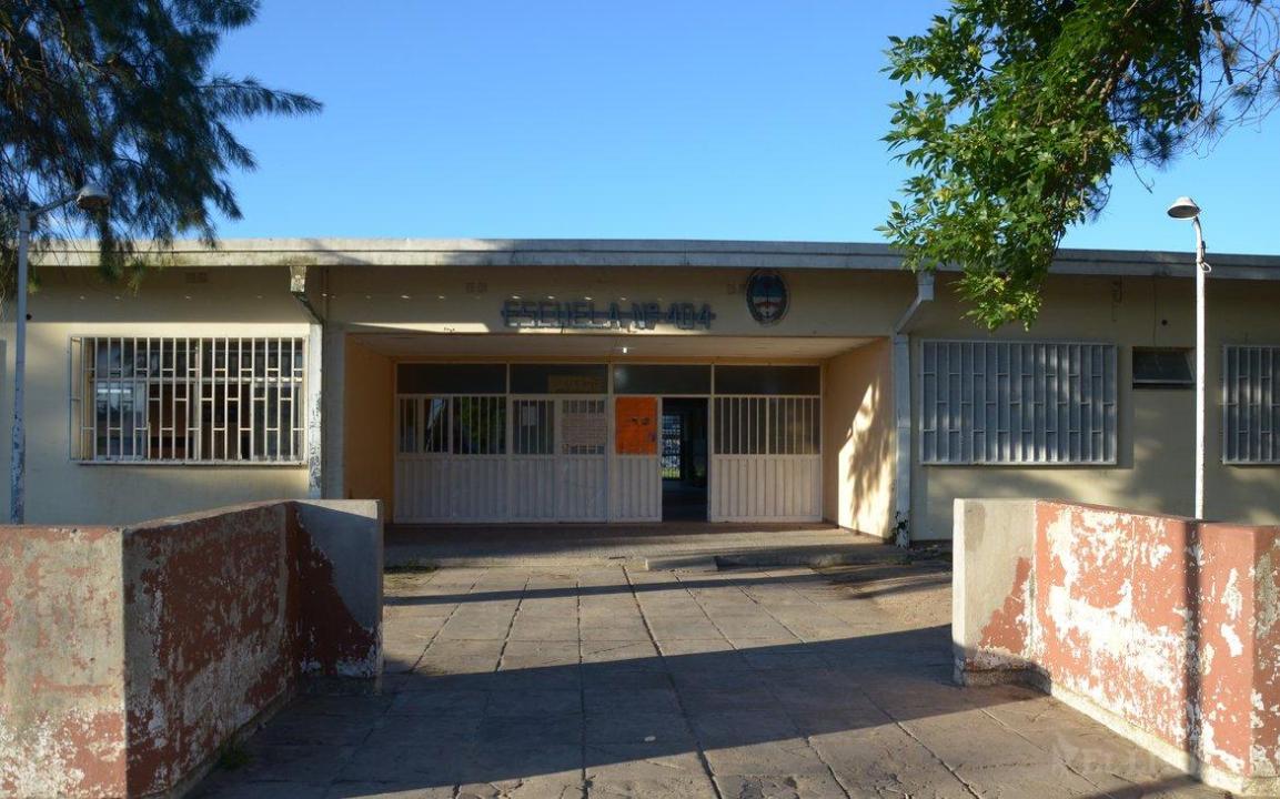 escuela 444.jpg
