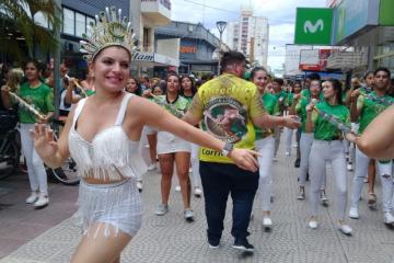 Imperio Bahiano y Copacabana despidieron el año a puro carnaval