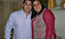 Mariela Teran con su marido.jpg