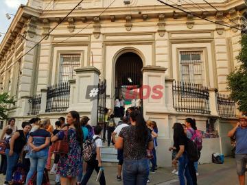 """Coronavirus en Argentina: Nicolás Trotta afirma que """"hoy no es necesario suspender las clases"""" pero que eso """"puede cambiar en 48 o 72 horas"""""""