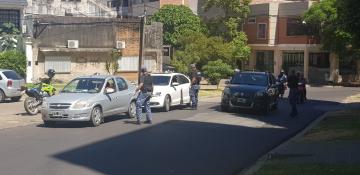 policia en la calle 3.jpg