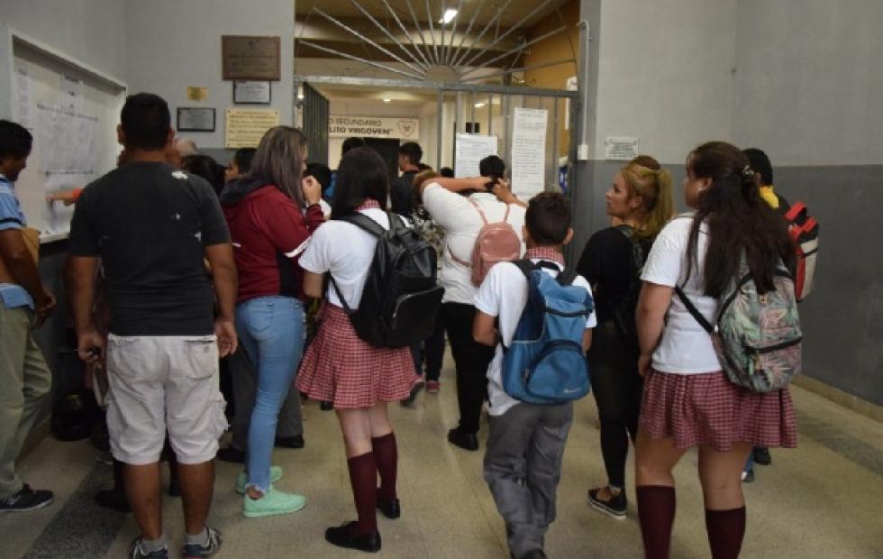 Así se definirá el pase de grado en Argentina ante la falta de clases presenciales