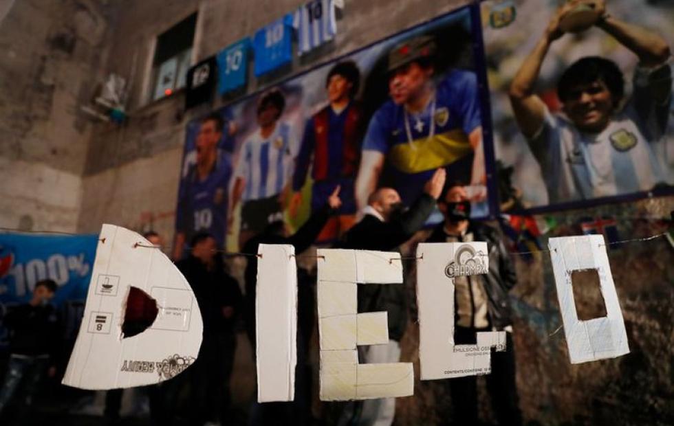 Una decisión judicial podría obligar a los herederos de Maradona a pagar 26 millones de euros al fisco italiano