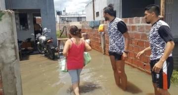 El plantel de For Ever llevó donaciones a los inundados de Chaco