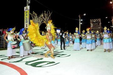 carnaval-define-02.jpg