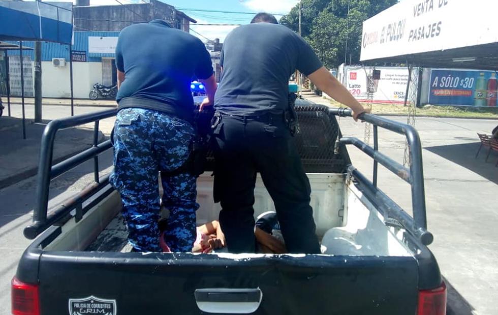 Corrientes: Tras persecución demoraron a dospresuntos motochorros