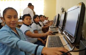 Conectividad escolar: más de 150 colegios ya tienen acceso a internet