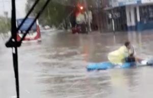 En el temporal, cualquier recurso sirve para trasladarse