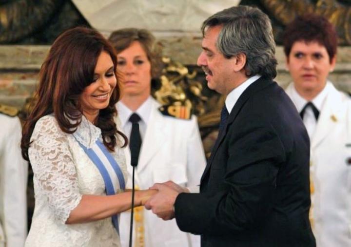 cristina y alberto fernandez.jpg