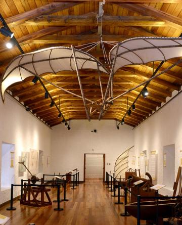 FERIA PROVINCIAL DEL LIBRO- Muestra Da Vinci (3).jpeg