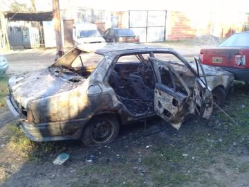 auto quemado 4.jpg