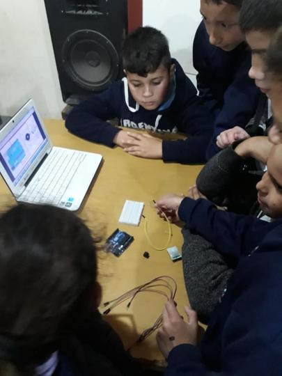 robotica escuela 4.jpg