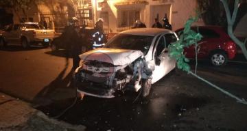 Corrientes: Canillita grave al ser embestido por joven automovilista que huía de la Policía