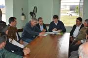 Schiavi firmó convenios para garantizar asistenciasanitaria en los parques industriales