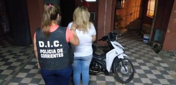 mujer moto robada.jpg