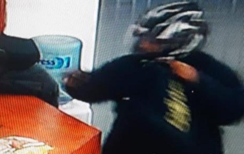 """Noche """"a mano armada"""": Robaron casi 50 mil pesos tras violentos asaltos en Corrientes"""