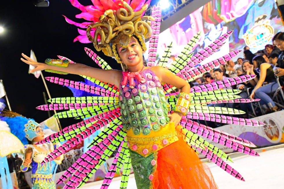 carnavales barriales en las Mil Viviendas