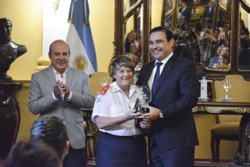 Valdés reconocimiento a mujeres destacadas 09-03-20 MSF_3.jpg