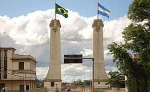 """""""Free shop"""" brasileños abrirían en diciembre: Estiman conflictos con comercios libreños"""