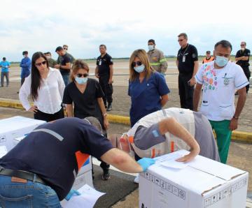 El Gobierno de Corrientes recibió cinco respiradores e insumos sanitarios